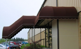Entrance Canopy - Middlefield, Ohio
